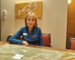 图:理财公司BlueShore副总裁凯瑟琳(Catharine Downes)。(摄影:陈雨/大纪元)