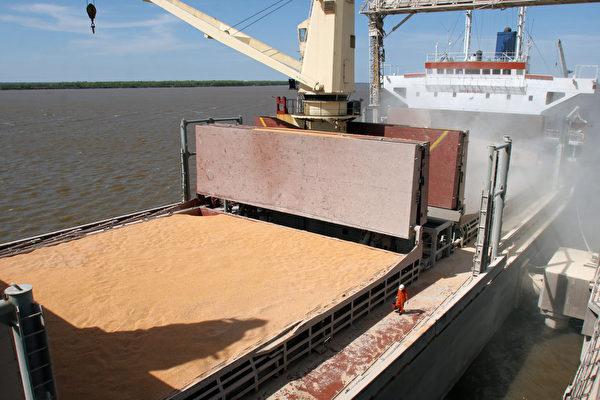 美农业部证实北京恢复进口美国大豆