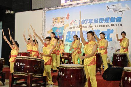 照南国小太鼓队以太鼓飨宴百花齐放,祝大会顺利圆满。
