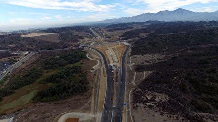南加州橙县学区房Rancho Mission Viejo主要新公路