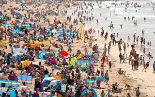 遊客太多 英國康沃爾海灘吃不消