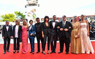 第75届威尼斯电影节开幕 张艾嘉陶虹亮相红毯