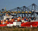 美国总统川普13日指示幕僚推进2000亿美元中国商品关税的实施。(David McNew/Getty Images)