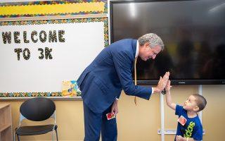 纽约三岁儿童免费学前班扩展到四个区