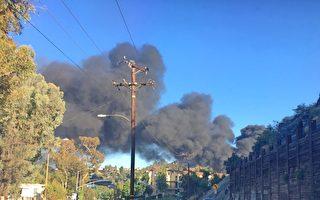 蒙市商業區週六起火 濃煙滾滾