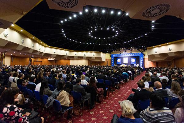 35国学员参加布拉格欧洲法轮大法交流会