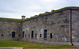修复魁北克城堡用美国石材引争议