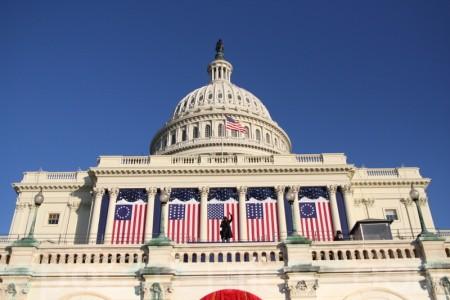 美18位参议员联合发声 谴责中共打压宗教