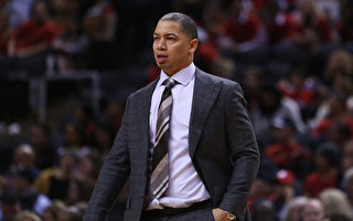 NBA新赛季下课第一人——骑士主帅泰伦卢