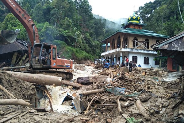 印尼天災不斷 洪水泥石流致二十多人遇難