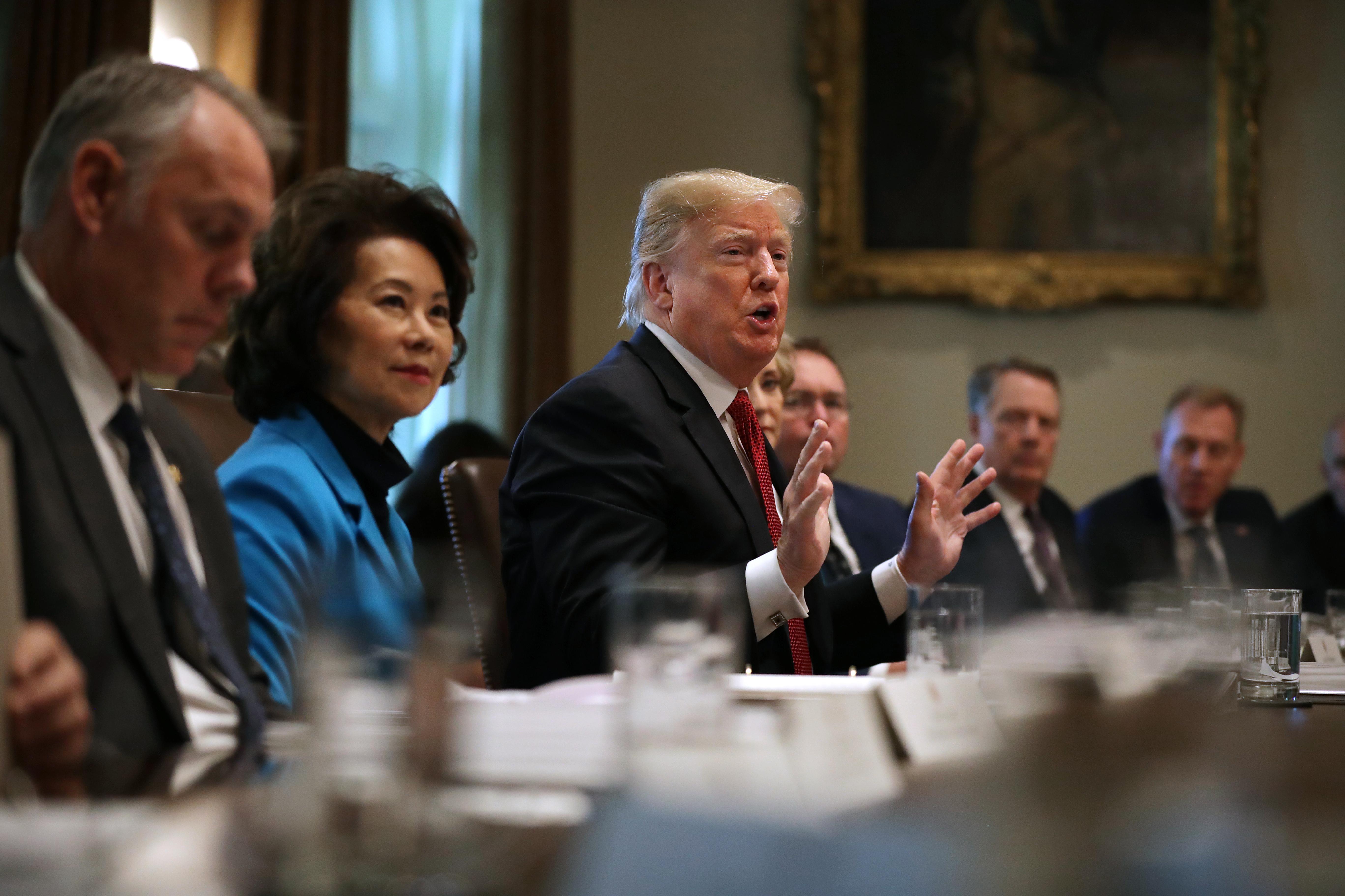 特朗普提出「五美分計劃」令內閣削減5%預算