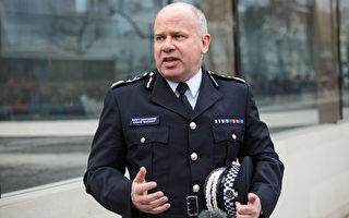 伦敦警察厅代理厅长被嘲笑是懦夫