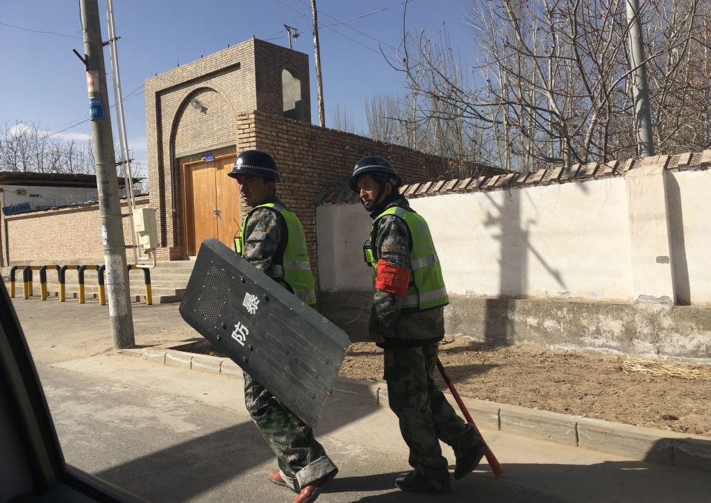 新疆漢人發聲求救 披露「集中營」現狀