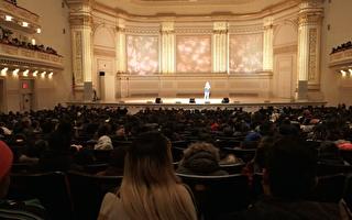 《美国达人秀》歌手 纽约宣导反霸凌