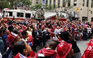 全美消防週 小隊員體驗營救演習