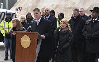 波士顿市长新闻会 谈暴雪应急