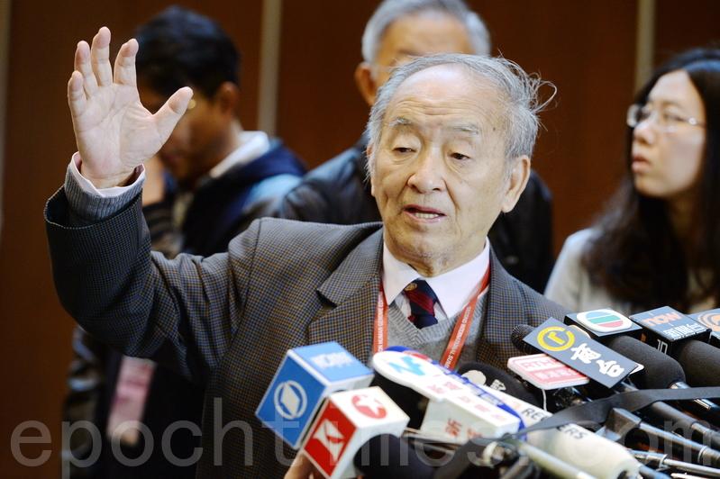 2018年11月28日,香港,中國社會科學院哲學院名譽高級研究員邱仁宗表示,「基因編輯」嬰兒在現階段不應該被推廣,不確定性太大。(宋碧龍/大紀元)