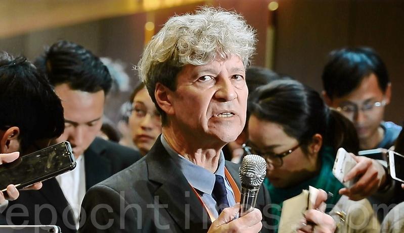 2018年11月28日,香港,第二屆人類基因組編輯國際峰會籌委會成員之一Robin-Lovell-Badge在會後表示,不認同是次研究是一個突破。(宋碧龍/大紀元)