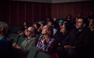 《求救信》圣路易放映 观众:最感人的电影