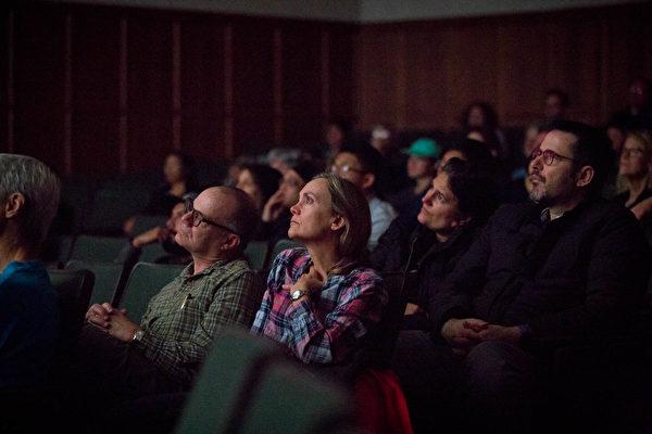 《求救信》聖路易放映 觀眾:最感人的電影