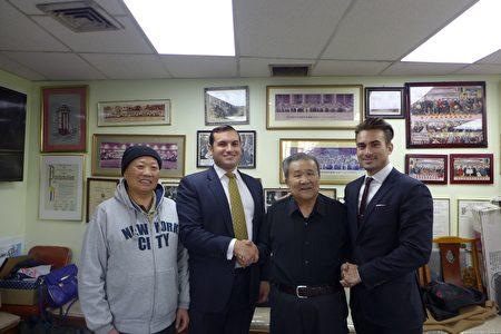孫威廉(右二)、翁福標(左一)感謝必達.白安律師事務所兩位律師的幫助。