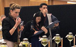 外国人参加日本酒品酒比赛