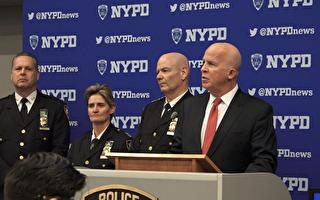 纽约感恩节游行安保严密  特种警犬出动