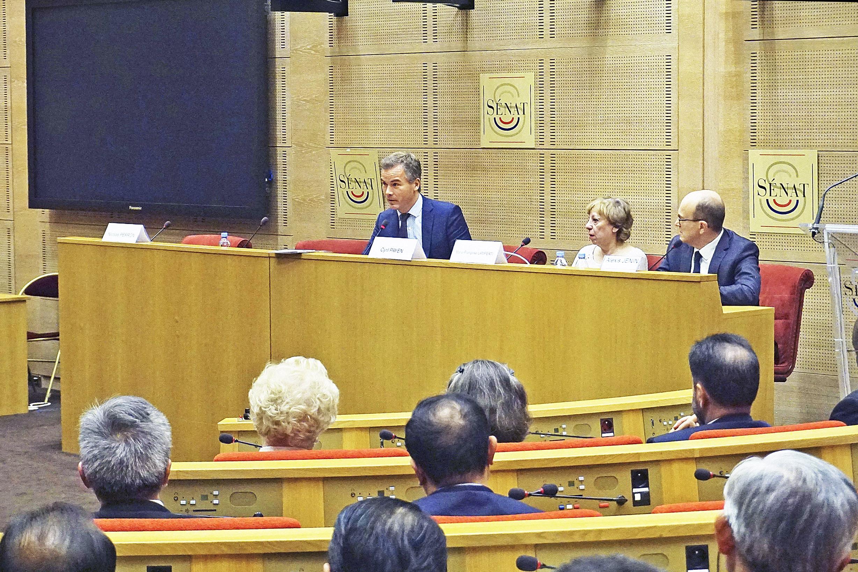 法紀念人權宣言70周年 揭中共強摘器官罪行