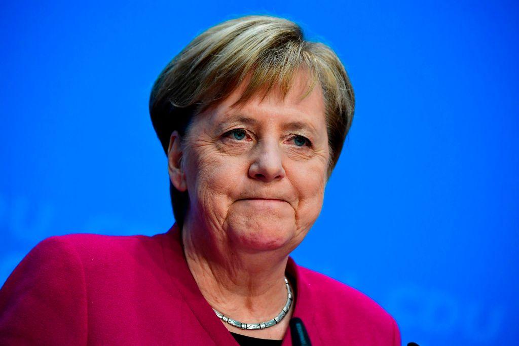 德國總理默克爾宣佈年底不再角逐基民盟黨魁,德國政壇從此進入世代交替的關鍵時期。(TOBIAS SCHWARZ/AFP/Getty Images)