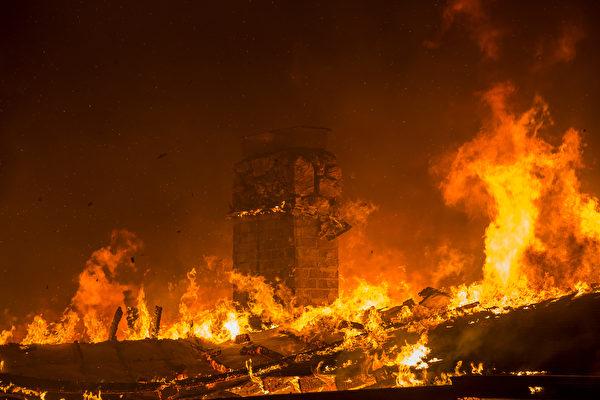 加州野火頻繁 川普:森林管理不善