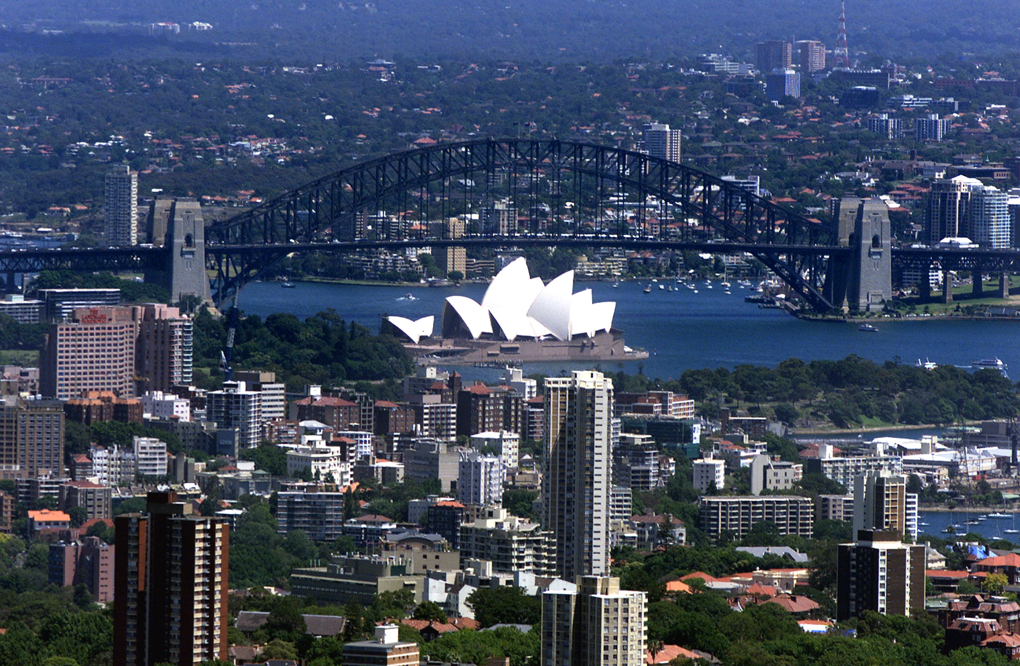 澳媒11月20日披露,中共國家安全部門牽頭違反中澳兩國去年達成的互不盜竊商業秘密的協議,指示中方黑客大幅加強對澳洲公司的網絡攻擊,「持續而顯著地」竊取澳洲知識產權。(TORSTEN BLACKWOOD/AFP/Getty Images)