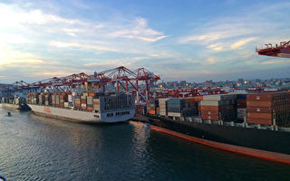 """美中贸易战""""惠台""""高港货柜量双涨"""