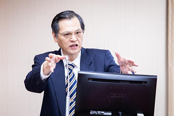 陸委會主委陳明通19日表示,中共會以各種方式介入民主國家選舉,過去也常在台灣選舉前藉機製造事端,企圖干擾或影響選情,台灣民眾對此非常反感。(陳柏州/大紀元)