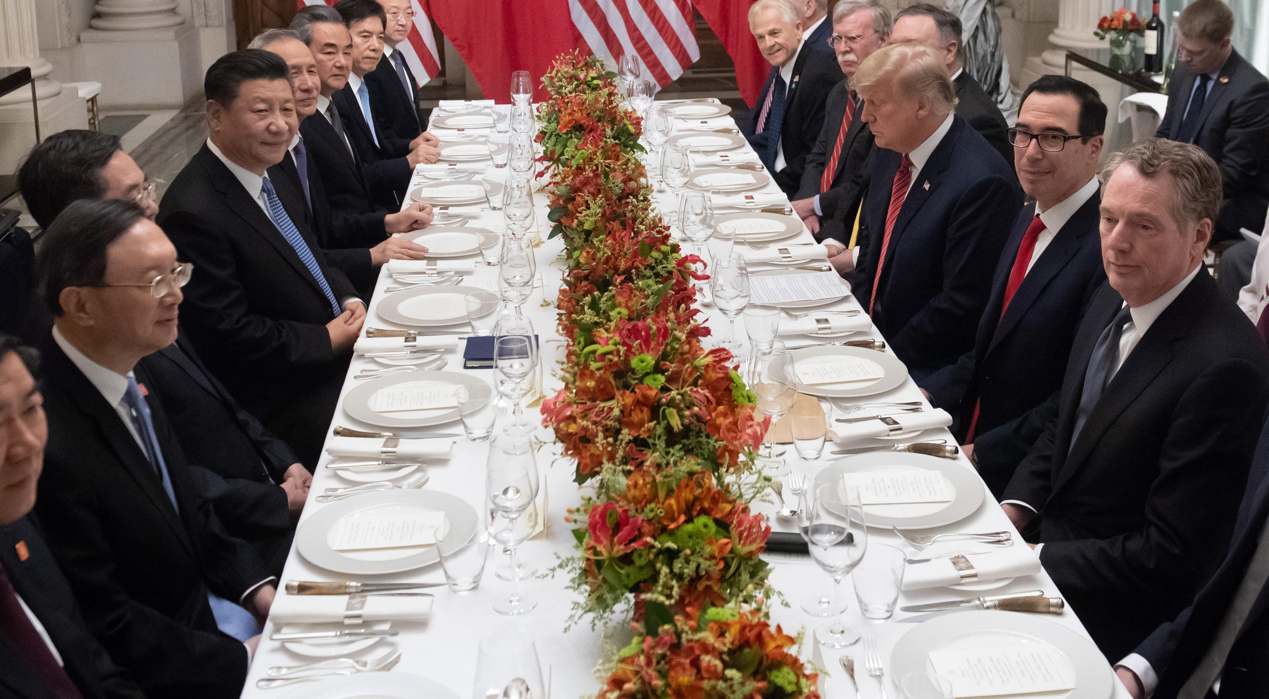 萊特希澤、姆欽與劉鶴通電話 討論貿易談判