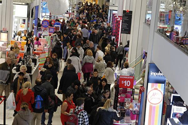 虽然股市低迷及联邦政府部分关门,美国消费者信心并未消退,并使零售业在今年假期购物季创下六年来最强劲的销售记录。