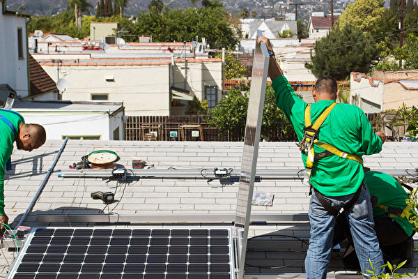 2020年起 加州新房必须安装太阳能板