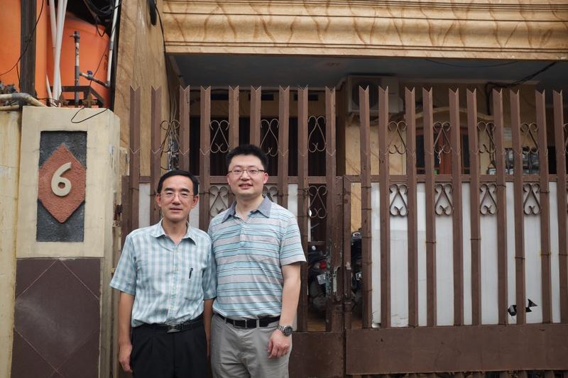 《求救信》劇照,右為導演李雲翔,左為影片主角孫毅。(Flying Cloud Productions提供)