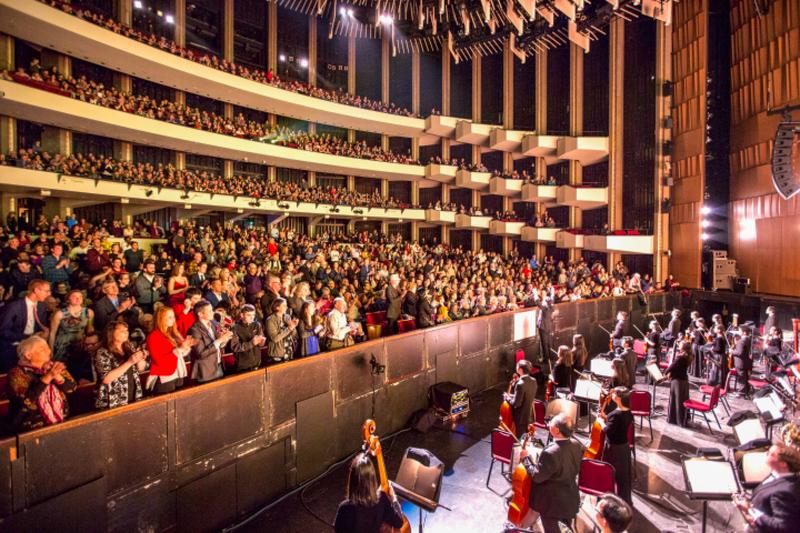 神韻加首都首場爆滿加座 觀眾感受淨化與回歸