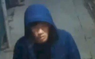 男子法拉盛街頭買梅西禮品卡 內無錢被搶3500元