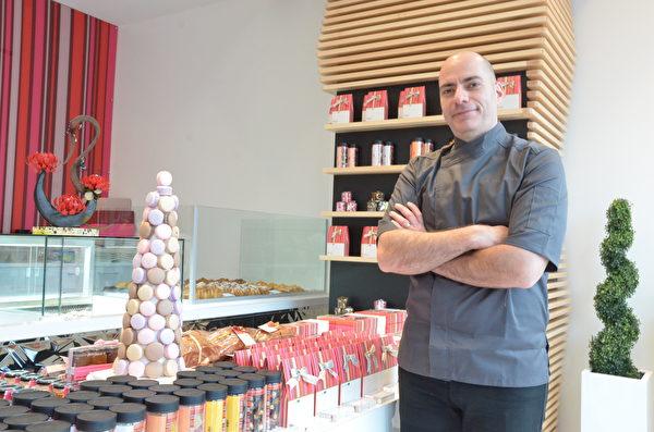高檔法式糕點店Forêt Noire Pâtisserie進駐溫哥華,創辦人吉瑞德利(Mazen Jaridly)介紹糕點店特色。