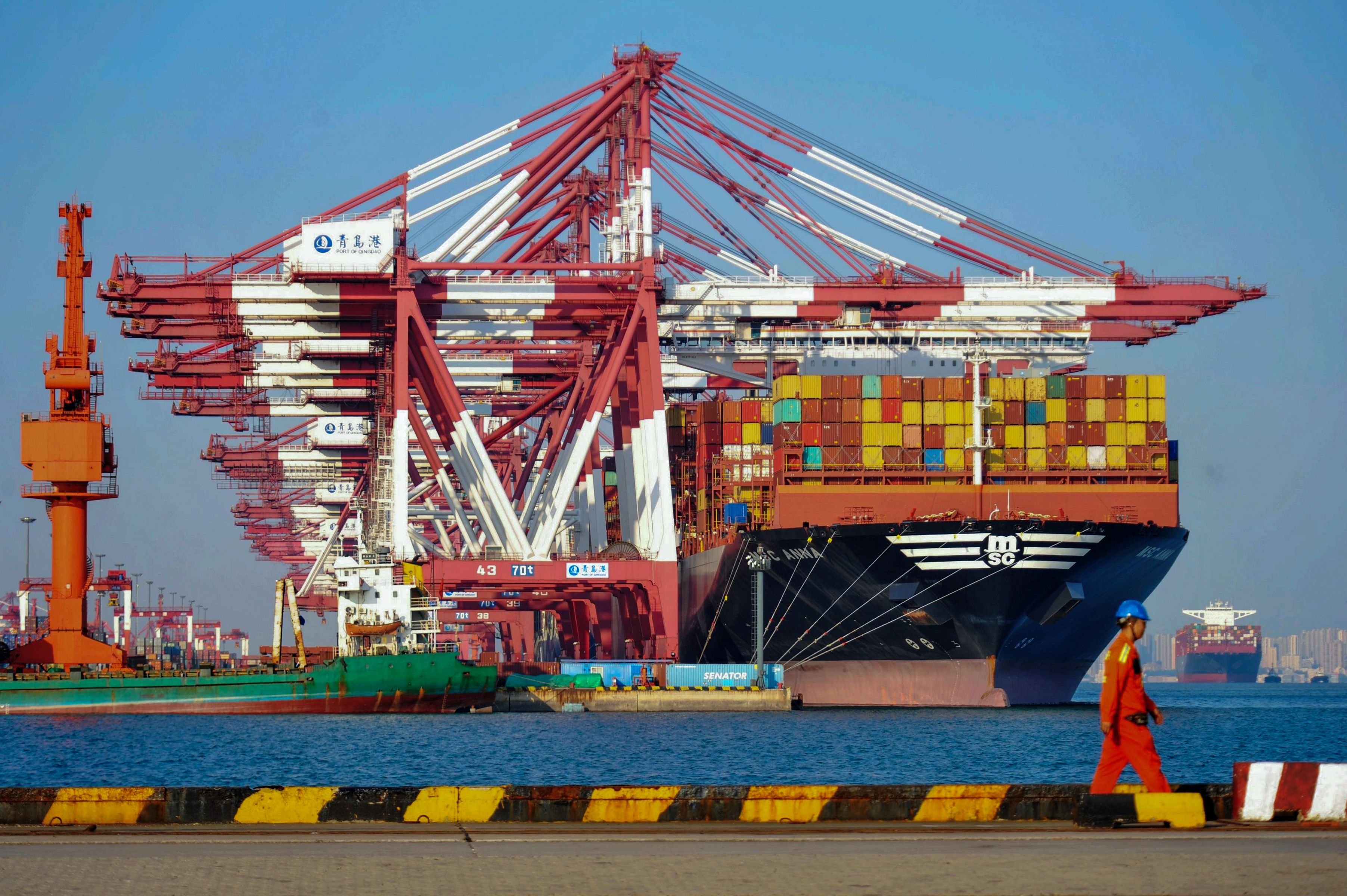 蘋果公司週三下修財測、中國經濟下行,以及美股震盪等種種負面因素,是否會牽動正在進行的美中貿易談判,成為2019年伊始全球最關注的焦點。 (STR/AFP/Getty Images)