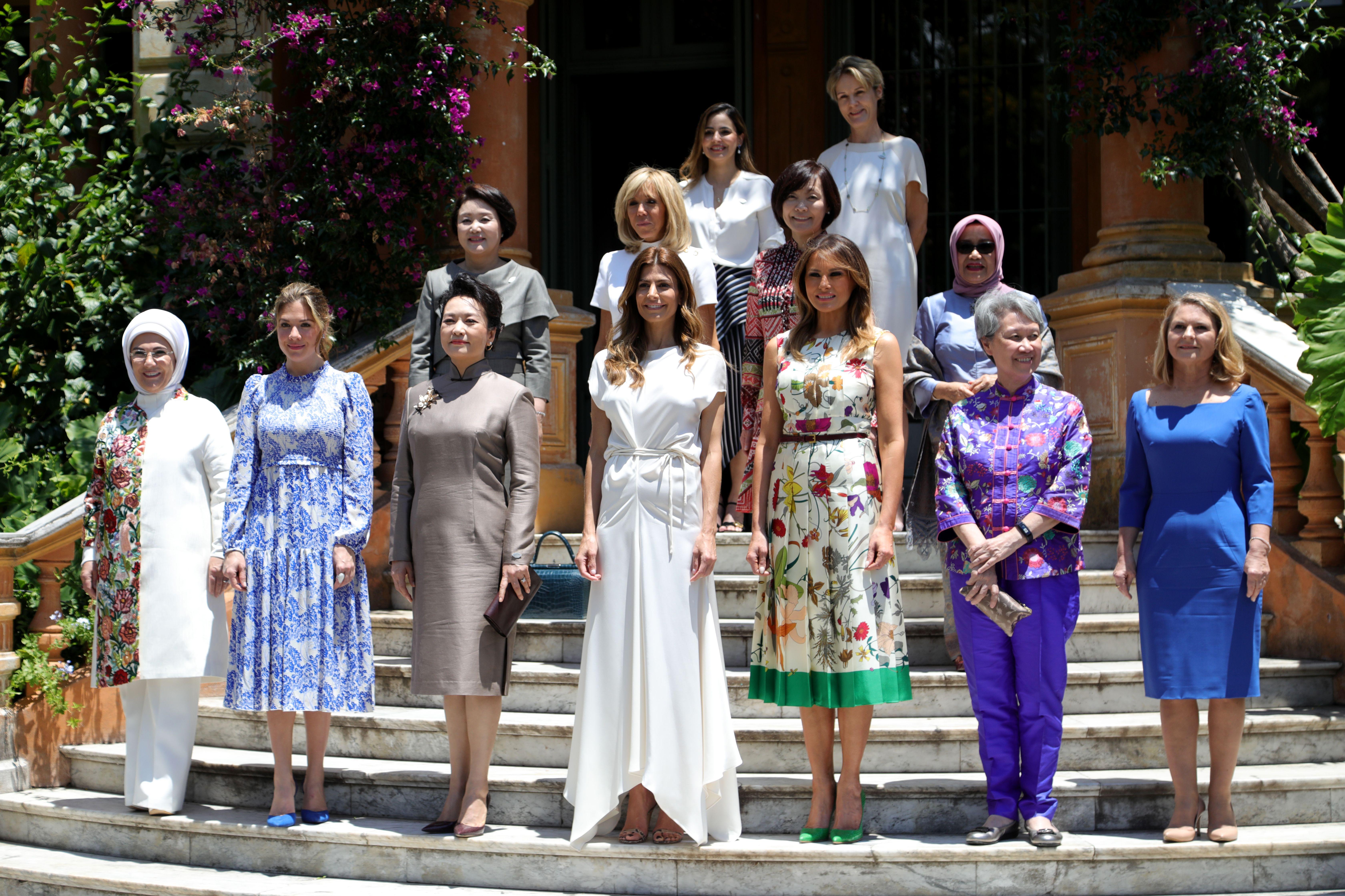 各國第一夫人們在阿根廷。(ERIKA VILLANO/AFP/Getty Images)
