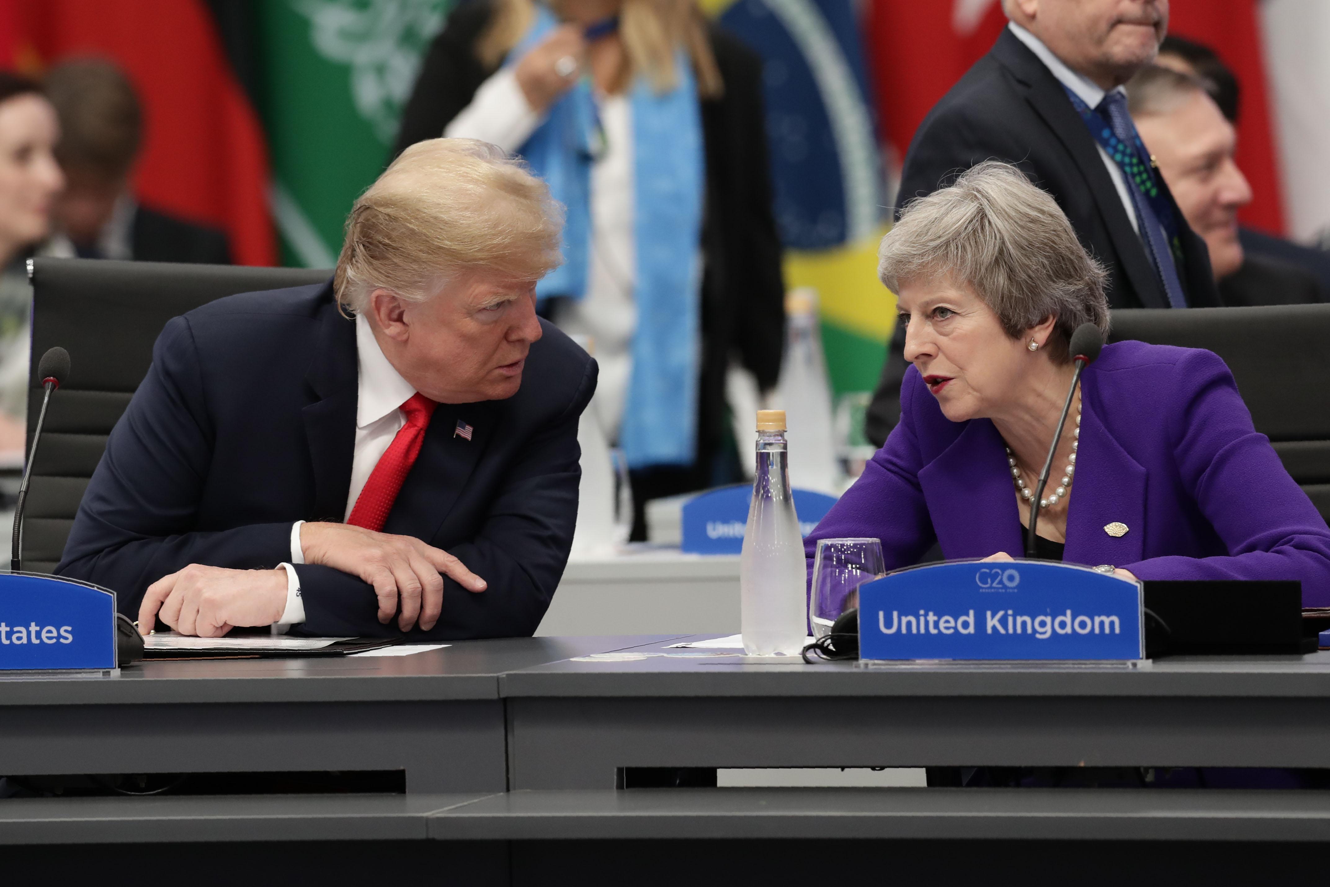 美國總統特朗普和英國首相梅。(ALEJANDRO PAGNI/AFP/Getty Images)