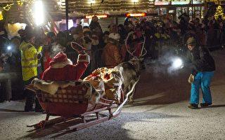 组图:圣诞老人驾雪橇动身 为全球孩子送礼