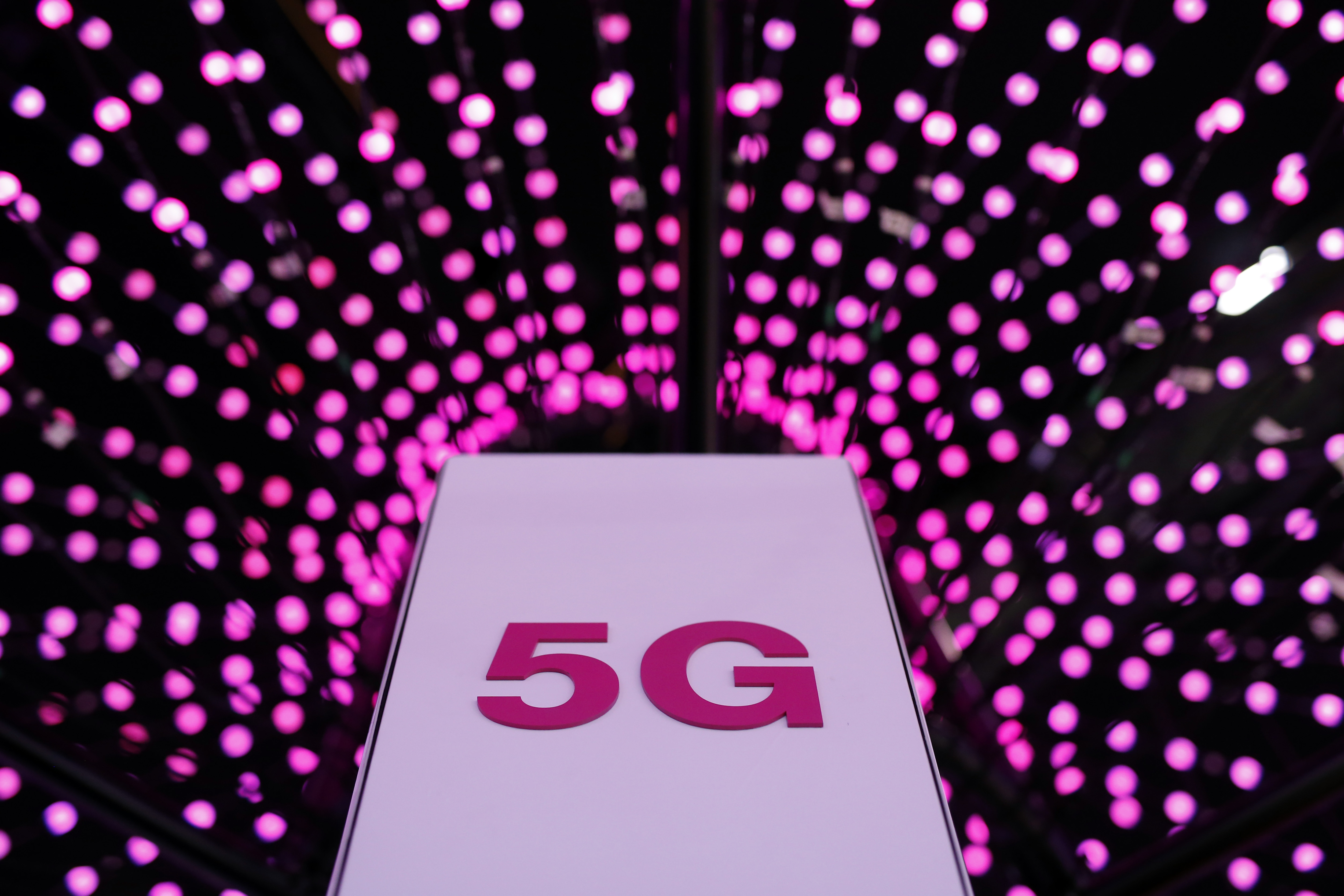 5G手機明年問世 對你意味著甚麼
