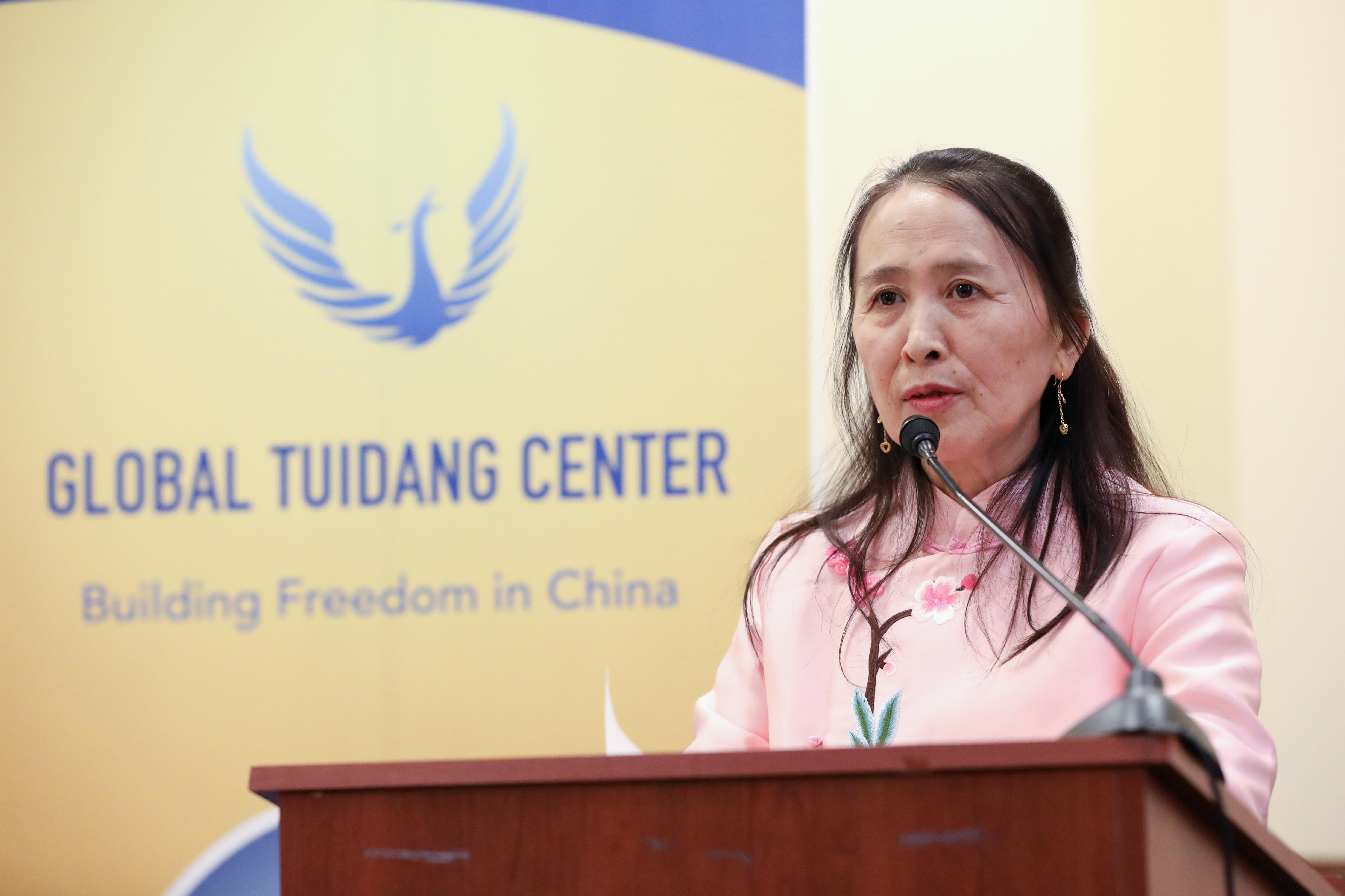 全球退黨中心主席易蓉女士表示,退黨為中國人重新找回良知與道德。 (Samira Bouaou/大紀元)