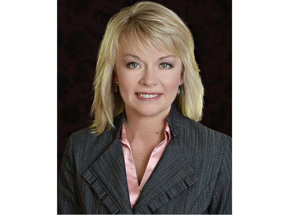 保守黨眾院領袖,國會議員坎黛絲·柏根(Candice Bergen)。