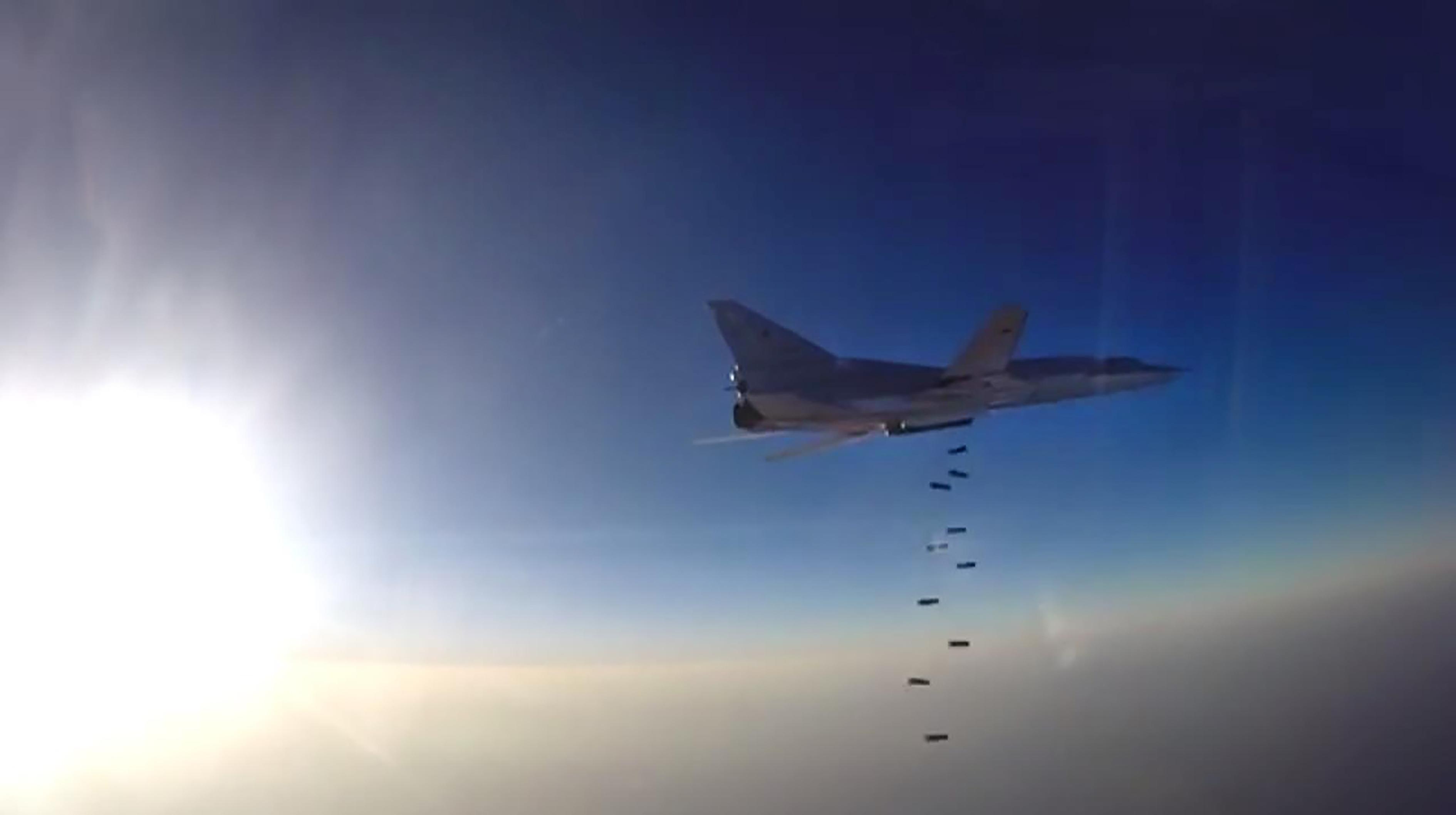 俄轟炸機墜毀爆炸變火球 駭人畫面曝光