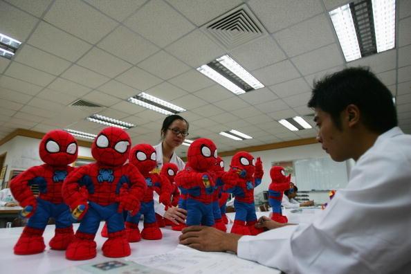 數百家香港玩具製造商擬出走中國