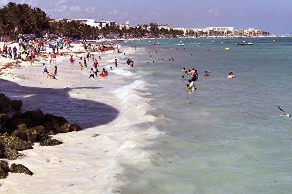 墨西哥加勒比海度假區爆槍擊案 7人死亡